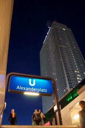 Alexanderplatz nocturne
